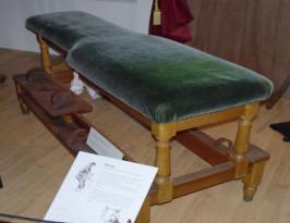 Behandlingsbänk för massage
