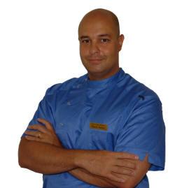 Sjukgymnast och fysioterapeut i Malmö David Aston som behandlar med massage